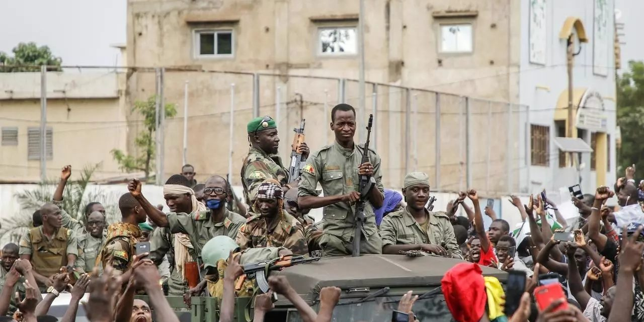 LENDEMAIN DE PUTSCH  – La vie reprend à Bamako