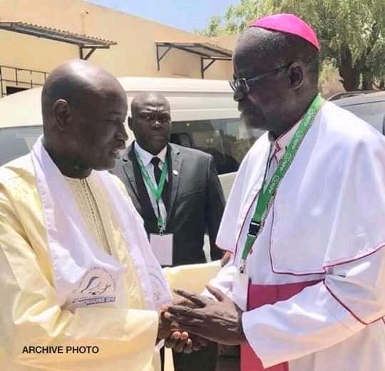 """LUTTE CONTRE LE COVID-19 – Aly Ngouille Ndiaye salue """"l'engagement remarquable"""" de l'Eglise"""