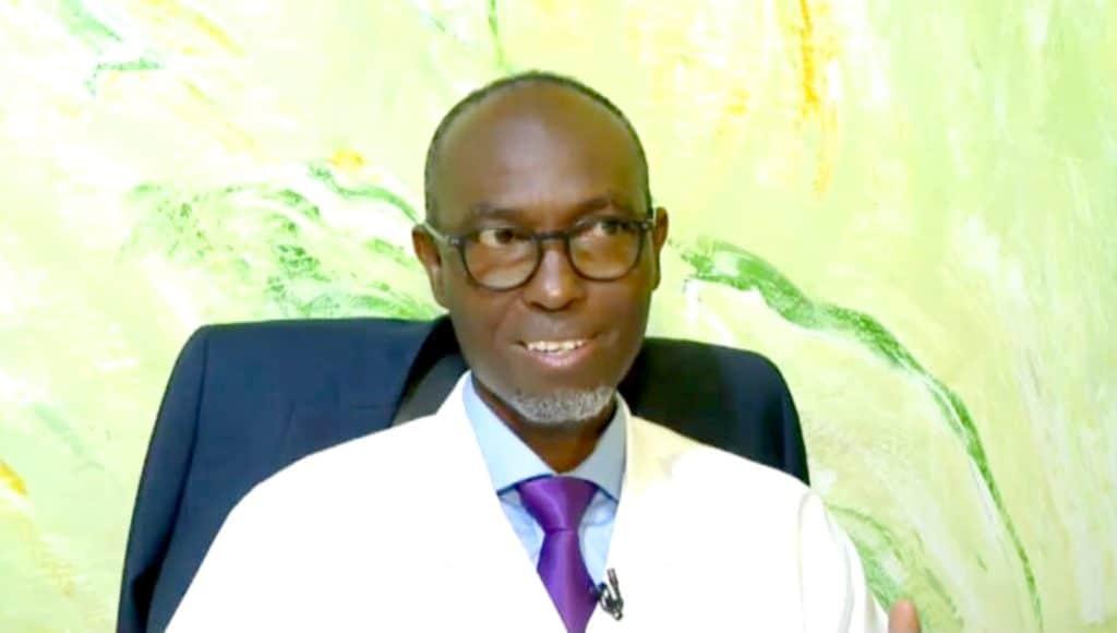COVID-19 – Moussa Seydi tance les anti-vaccins