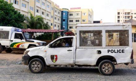 URGENT – Violent accident d'une voiture de la police à Touba