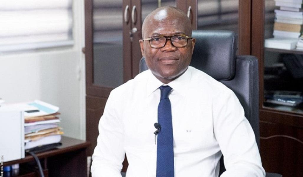 DETOURNEMENT PRESUME DE 4 MILLIARDS – L'ancien régisseur de la Direction des Impôts du Bénin tombe à l'Aibd