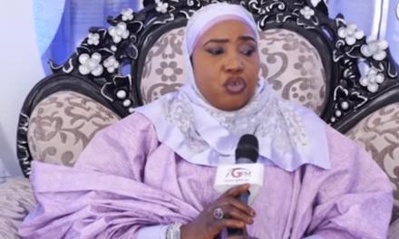 Indisposé par la tournure d'une émission, le chambellan jure de tuer la prêcheuse de la TFM