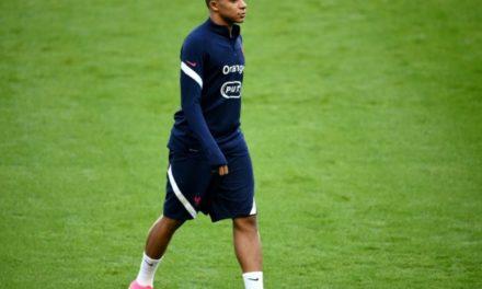 LIGUE DES NATIONS – Kylian Mbappé positif au Covid-19 et forfait contre la Croatie mardi