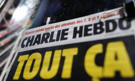 CHARLIE HEBDO – Attaque à l'arme blanche près des anciens locaux
