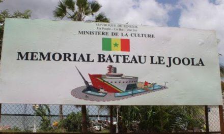 """ÉRECTION DU MÉMORIAL DES VICTIMES DU BATEAU """"LE JOOLA"""" – La longue attente"""