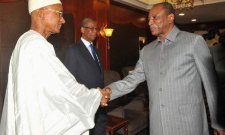 GUINEE – Dalein s'autoproclame vainqueur, le camp de Condé condamne