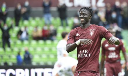 FC METZ – Ibrahima Niane victime d'une rupture des ligaments croisés d'un genou