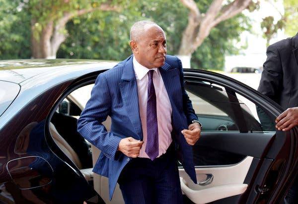 URGENT – Le président de la Caf suspendu par la Fifa