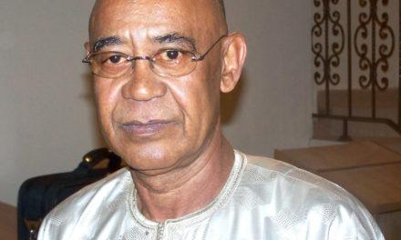MAHMOUD SALEH, MINISTRE D'ETAT -« Macky Sall est en contact permanent avec Abdoulaye Wade »