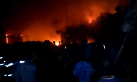 VIDEO – Un incendie ravage le marché Ocass de Touba