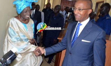 GESTION DU CESE – Abdoul Mbaye vole au secours de Mimi
