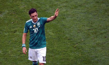 ALLEMAGNE – Mesut Özil ferme définitivement la porte à la sélection