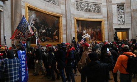 USA – La police du Capitole a minimisé les risques d'émeute, affirment des élus du Congrès