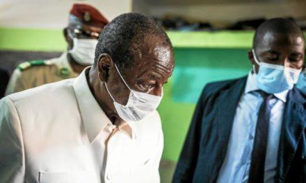 GUINÉE – Alpha Condé vacciné !