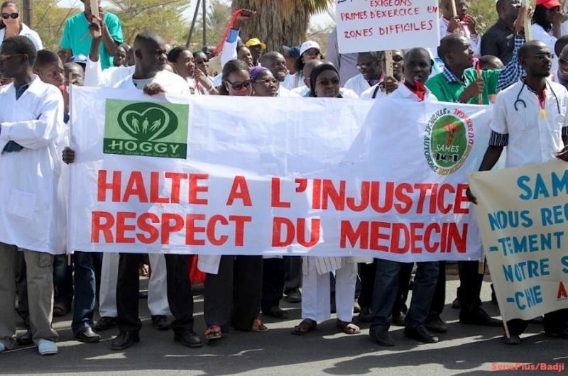 RENCONTRE AVEC DIOUF SARR – Le SAMES suspend son mot d'ordre de grève