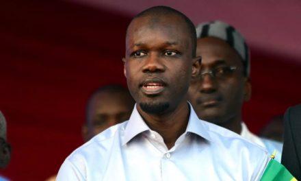 VIDEO – AFFAIRE SONKO – Des sénégalais devant le consul du Sénégal en Italie pour soutenir Sonko