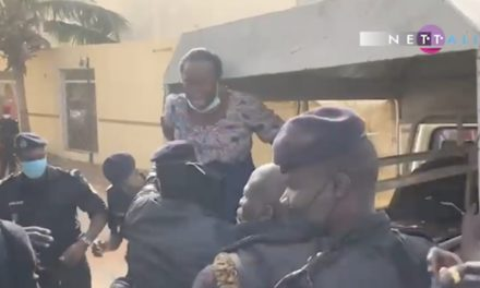 VIDEO – CITE KEUR GORGUI – La police embarque les femmes de Pastef