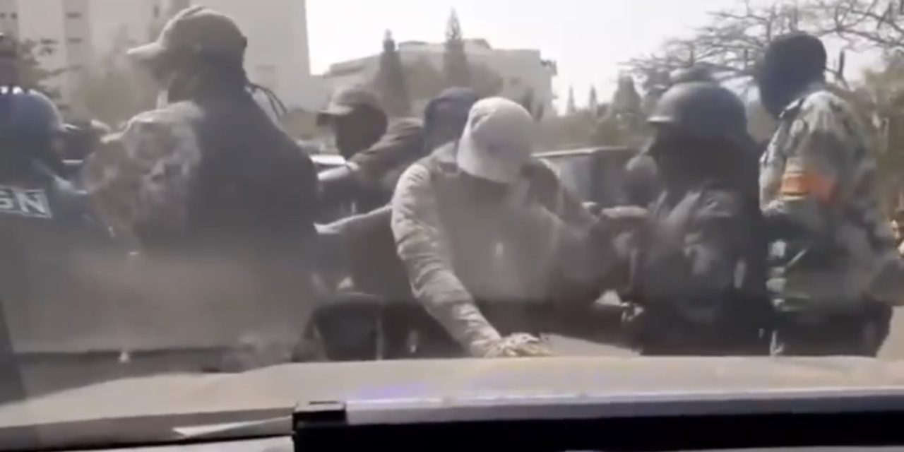 VIDEO – Comment le Gign a désarmé la sécurité de Sonko