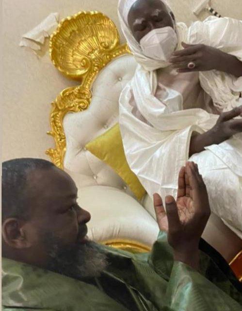 TOUBA – Ce que Serigne Mountakha a dit au marabout de Sonko