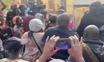 COMMISSARIAT CENTRAL – Une cinquantaine de manifestants en garde à vue