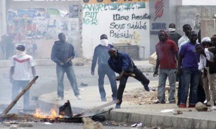 UCAD – Violents affrontements entre étudiants