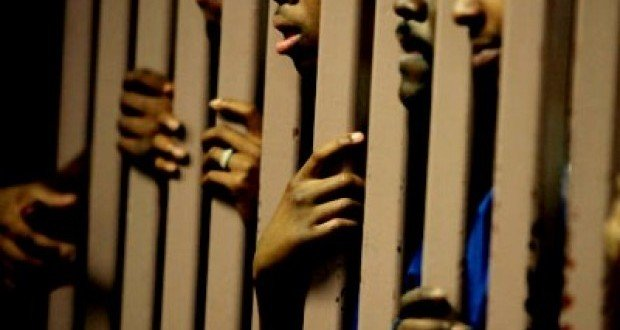 MAC DE MBOUR – 15 prisonniers évadés