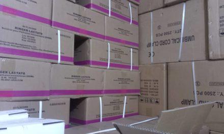 SAISIE D'UNE IMPORTANTE QUANTITÉ DE FAUX MÉDICAMENTS- La marchandise prohibée était cachée dans 25 chambres d'un bâtiment R+2 sis à la Patte d'Oie