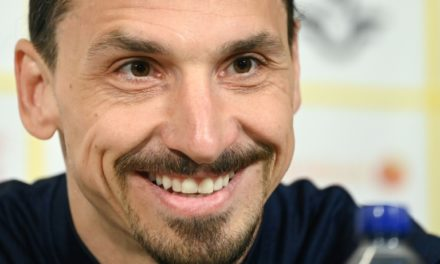Ibrahimovic prolonge à Milan : et un an de plus qui font quarante