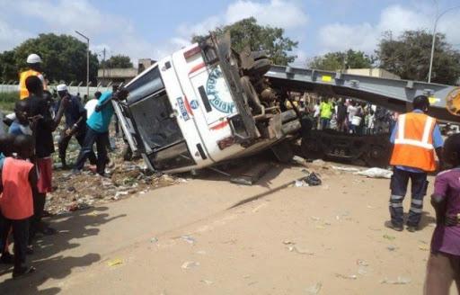 FATICK – Un accident fait 6 morts et une quarantaine de blessés