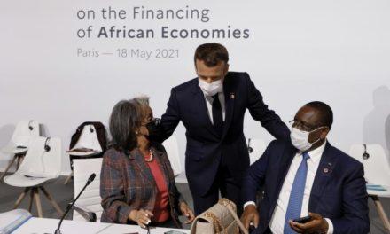 VIDEO – Le Français Thomas Porcher révèle le côté sombre des relations France-Afrique et casse le FMI
