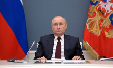 VACCINS – Poutine favorable à la levée des brevets