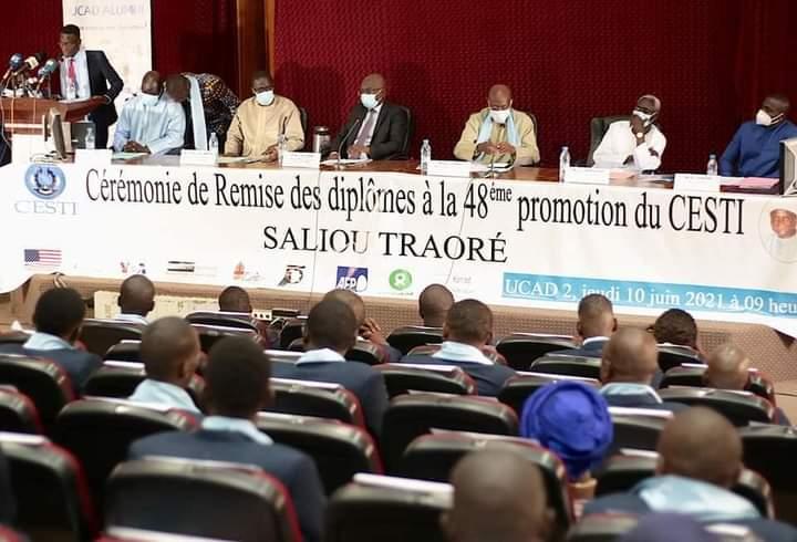 ASSAINIR LA PRESSE- L'invite du ministre de la Communication aux journalistes
