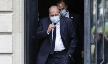 CONFLITS D'INTERETS – Le ministre français de la Justice mis en examen