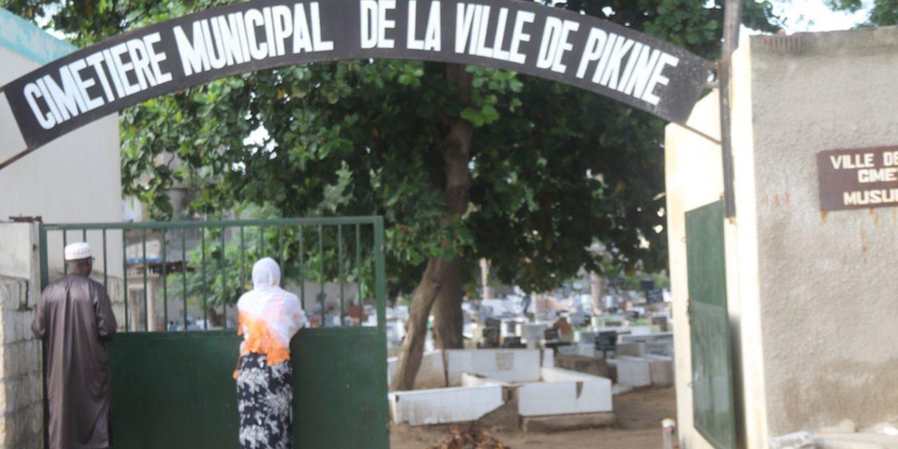 Décret : Macky rallonge 4 hectares au cimetière de Pikine