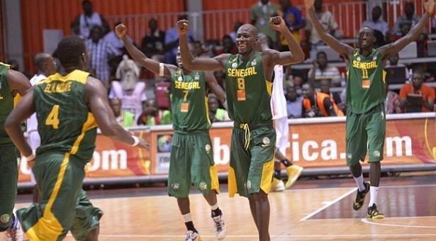 AFROBASKET – Les Lions du Sénégal domptent le Cameroun