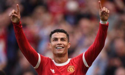 PREMIER LEAGUE – Ronaldo fête son retour avec un doublé
