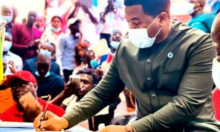 YEWWI ASKAN WI – Bougane Gueye officialise son départ